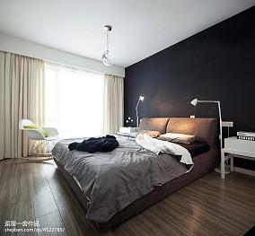 2018现代四居卧室装修设计效果图片