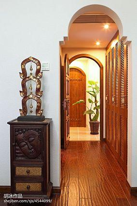 热门141平米东南亚复式过道装修设计效果图片