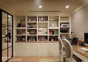 美式书房书柜装修效果图欣赏
