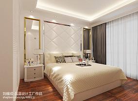 热门95平方三居卧室现代装饰图片