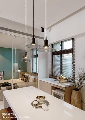 现代小户型厨房装饰图片