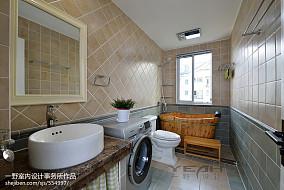 复式楼美式卫生间瓷砖装修设计