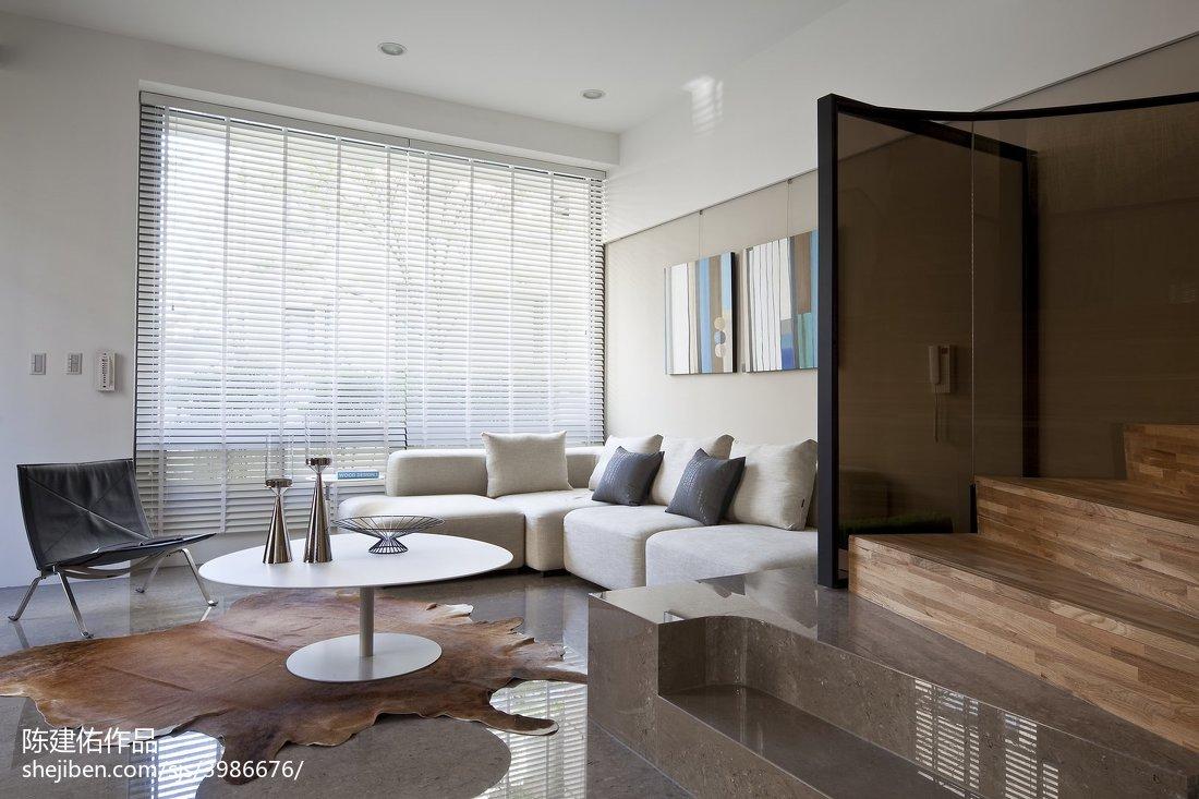 现代风格客厅隔断装修图片大全欣赏