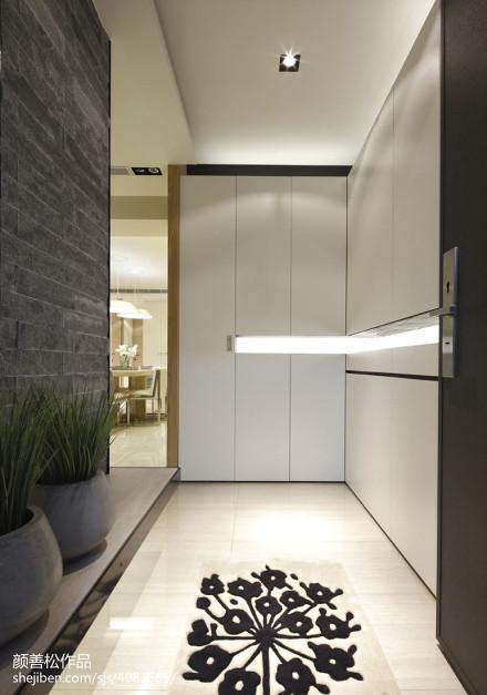 精选面积72平现代二居玄关装修设计效果图片欣赏