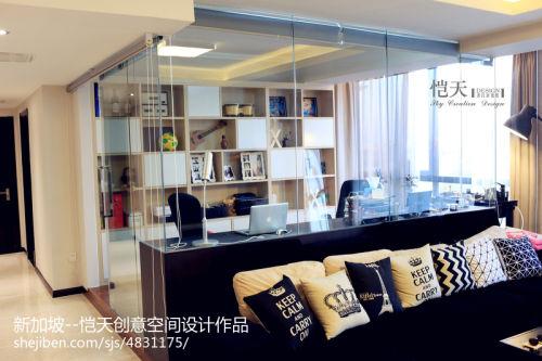秋意浓功能区窗帘121-150m²三居家装装修案例效果图