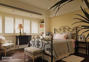 热门92平米三居卧室美式实景图片大全三居美式经典家装装修案例效果图