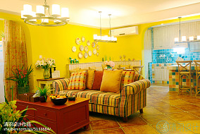 优雅87平地中海三居客厅布置图