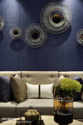 103.8平热门混搭客厅装修设计效果图片