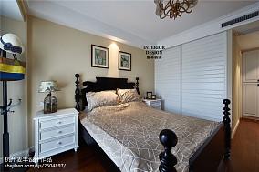 简约美式卧室衣柜设计