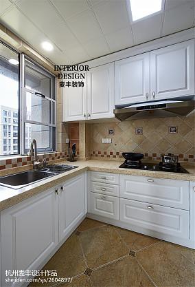 简约美式厨房吊顶设计餐厅美式经典设计图片赏析
