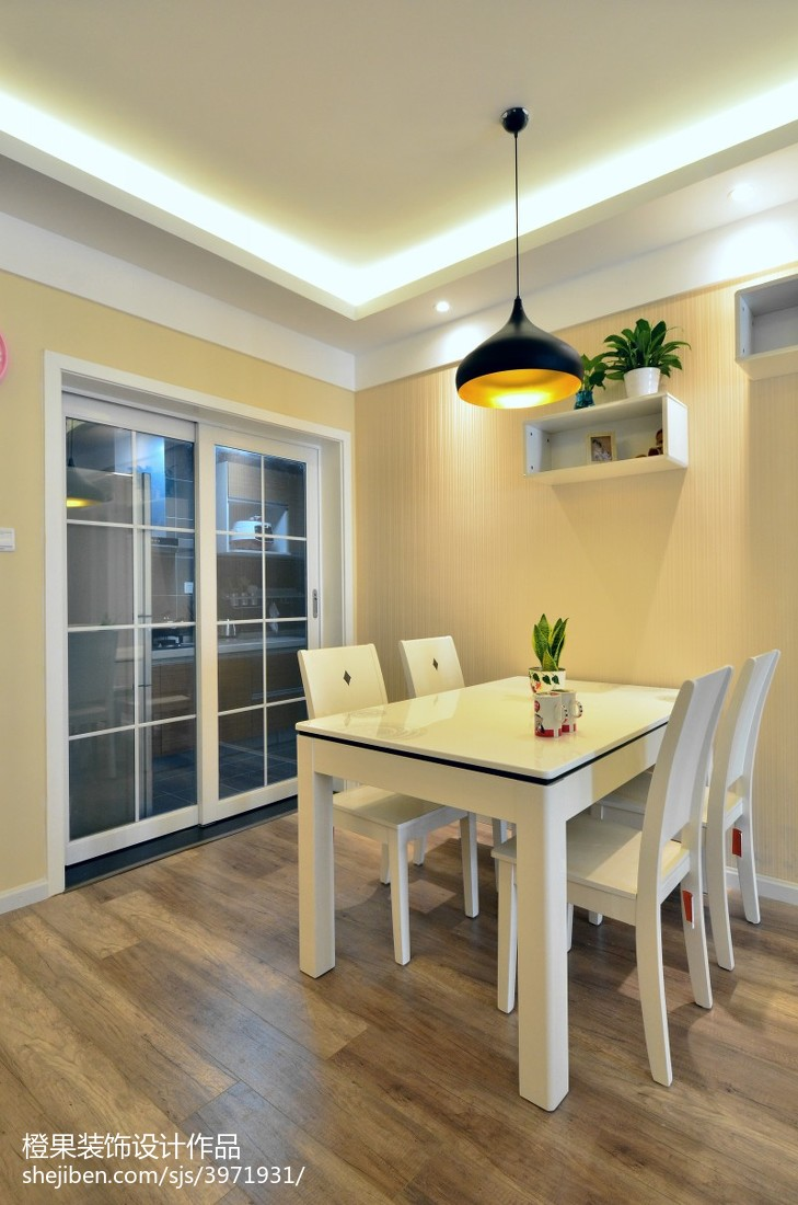 小户型现代餐厅置物架装修效果图厨房现代简约餐厅设计图片赏析