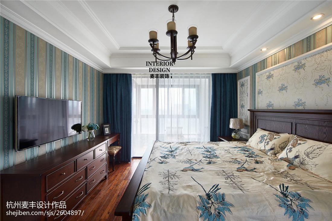 简约美式卧室壁纸装修效果图欣赏卧室美式经典卧室设计图片赏析