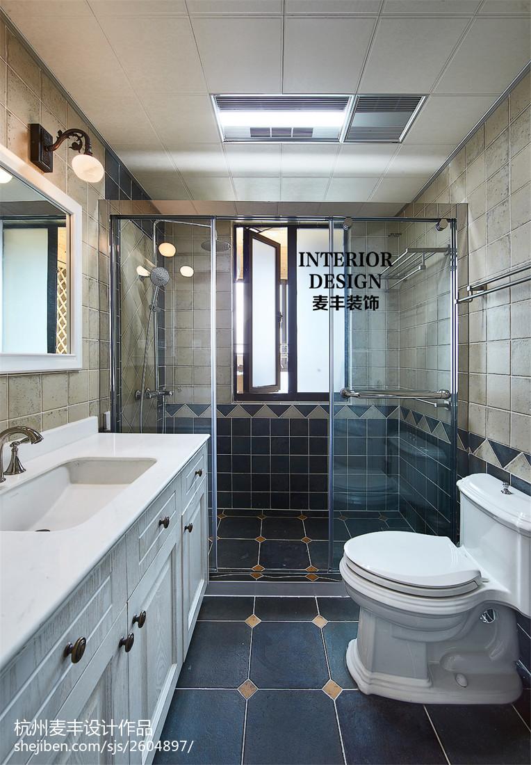 简约美式卫生间玻璃门隔断效果图卫生间美式经典卫生间设计图片赏析
