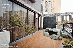 热门139平米现代别墅阳台设计效果图