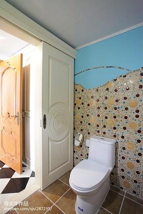 热门104平米三居卫生间混搭效果图片