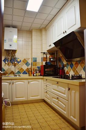 面积89平田园二居厨房装饰图片