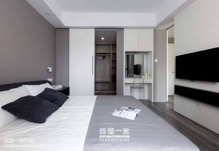 轻奢93平现代三居设计图卧室