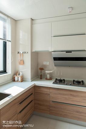 热门面积92平中式三居厨房装修实景图片
