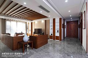 2018精选面积135平东南亚四居客厅装修实景图