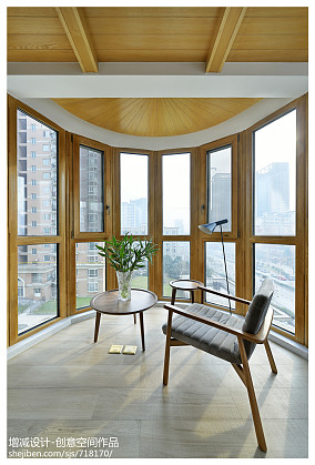 120平米四居阳台现代装修图片欣赏