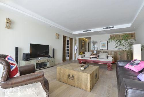 平大小客厅三居混搭装修设计效果图客厅床
