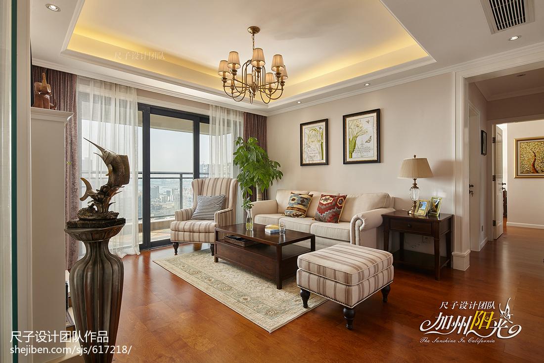 三居室美式客厅吊顶装修图片