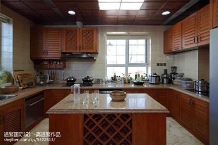 精选面积117平别墅厨房东南亚装修设计效果图餐厅2图
