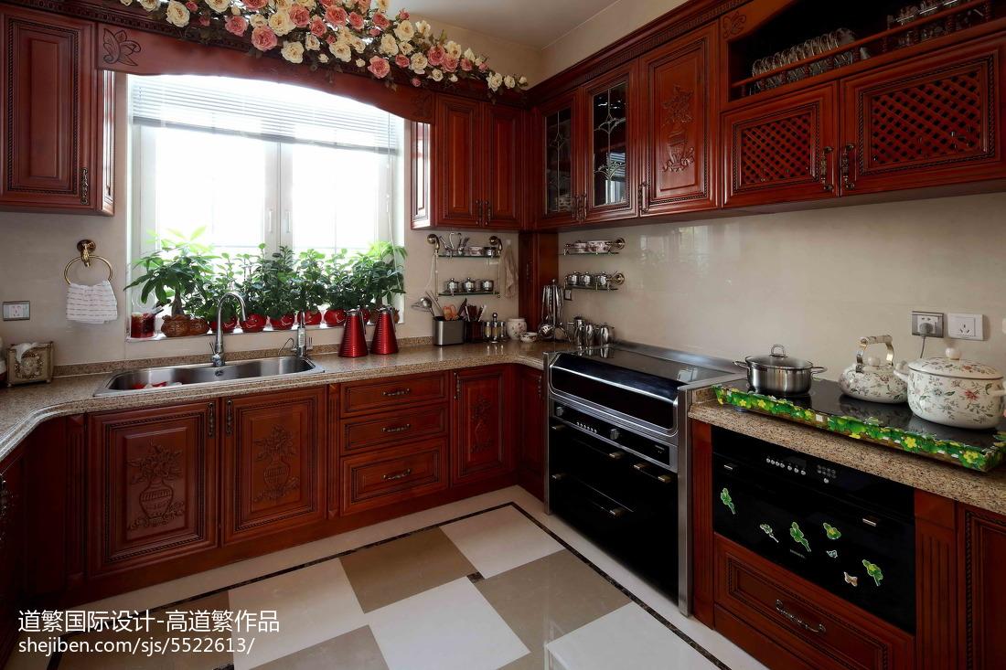 精美面积123平别墅厨房欧式装修欣赏图片餐厅橱柜欧式豪华厨房设计图片赏析