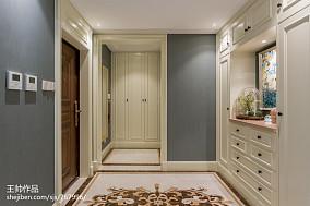 欧式风格玄关装修图三居欧式豪华家装装修案例效果图