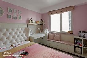欧式窗台地柜装修效果图三居欧式豪华家装装修案例效果图
