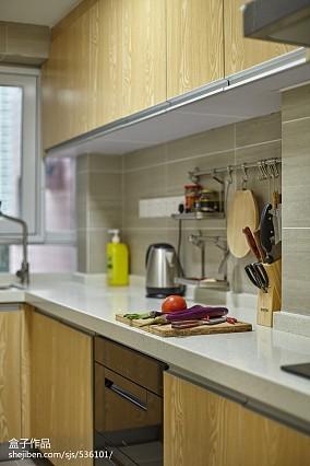 热门面积105平混搭三居厨房装修设计效果图片