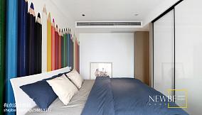 精选面积100平简约三居卧室装饰图