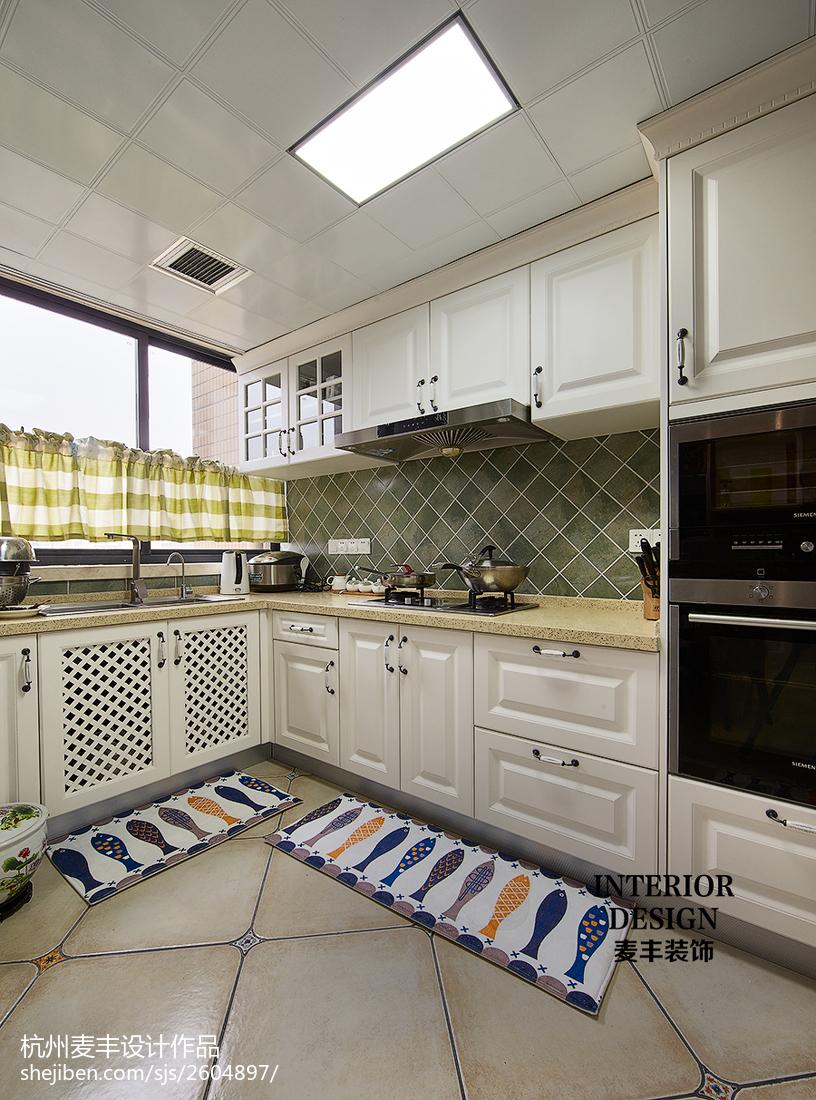 简约美式厨房吊顶装修图餐厅1图美式经典厨房设计图片赏析