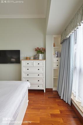 精选简约三居卧室装修设计效果图片