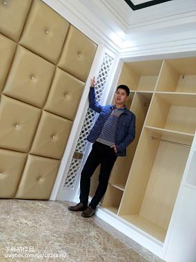 现代中式设计复式楼梯装修图片