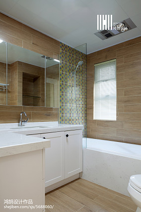 平米三居卫生间简约装修效果图片欣赏三居现代简约家装装修案例效果图