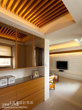 热门面积108平东南亚三居玄关装修设计效果图片欣赏