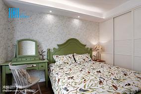 热门二居卧室美式装饰图片欣赏二居美式经典家装装修案例效果图