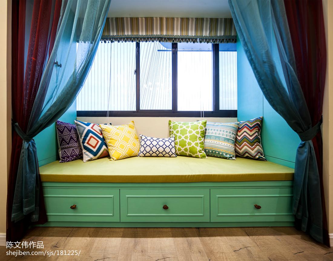 蓝色维纳斯混搭飘窗装修卧室潮流混搭卧室设计图片赏析