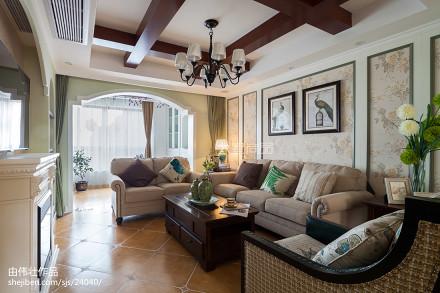 2018132平米四居客厅地中海装修实景图