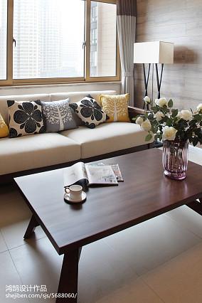 95平方三居客厅简约装饰图