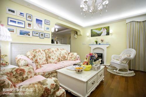 热门二居客厅地中海装修图片大全卧室沙发101-120m²地中海家装装修案例效果图