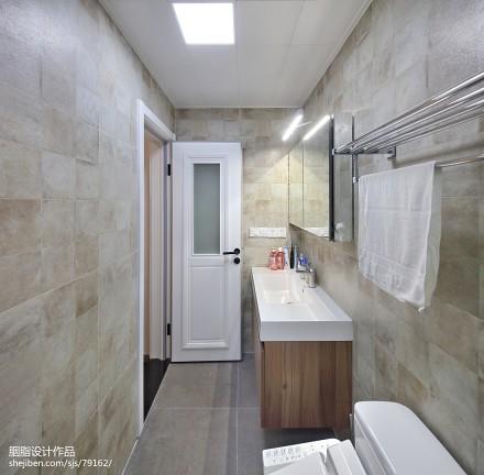 轻奢103平混搭三居卫生间装潢图卫生间