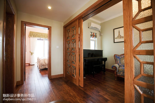 质朴719平东南亚别墅过道布置图功能区木地板