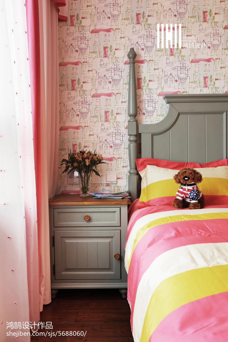 精选面积108平美式三居儿童房装修设计效果图卧室床头柜美式经典卧室设计图片赏析