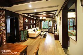 201884平米二居客厅美式效果图片欣赏