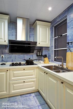 精选102平方三居厨房美式装修欣赏图片三居美式经典家装装修案例效果图