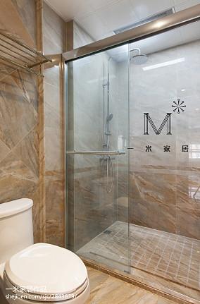 精选美式二居卫生间效果图片二居美式经典家装装修案例效果图