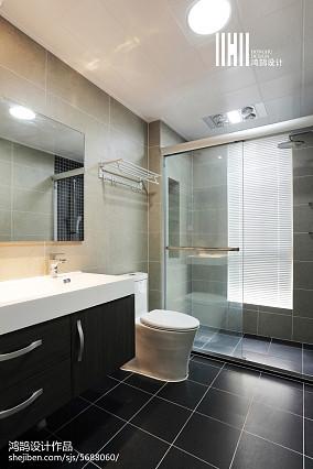 精选94平米三居卫生间现代装修效果图片欣赏