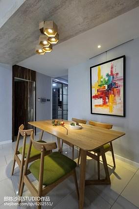 热门100平米三居餐厅简约实景图片欣赏